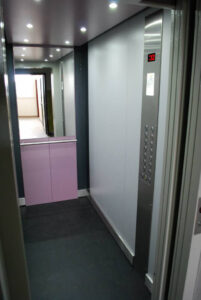 Porfestett kabin